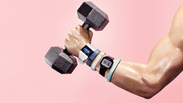 fitness-tracking-wristbands