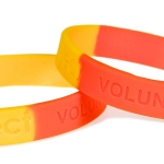 multi-coloured-silicone-wristbands