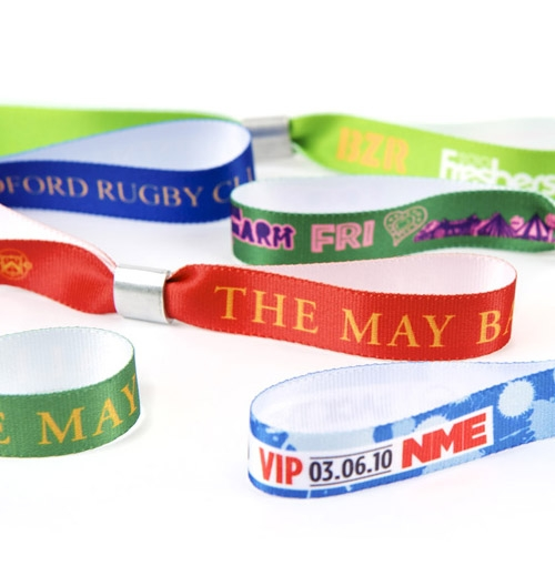 printed-fabric-wristbands