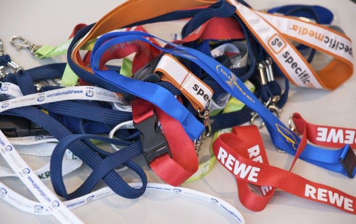 Top 5 Reasons to use Custom Branded Lanyards at Corporate Events or Trade Shows